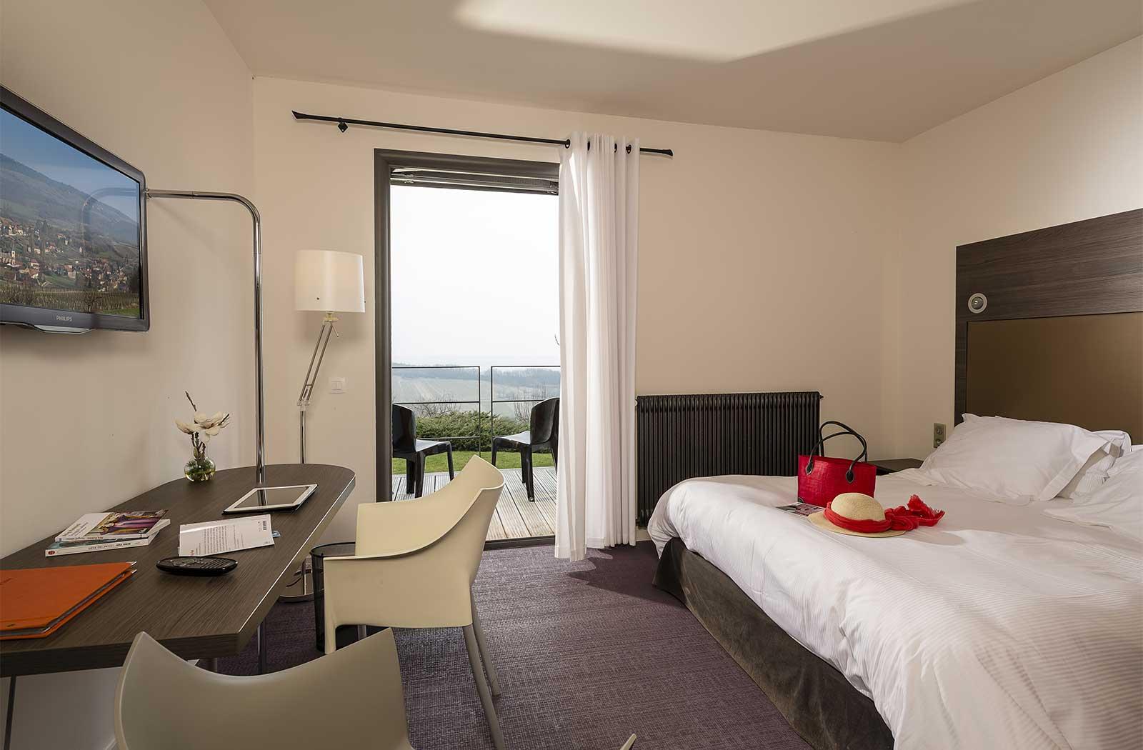 Hôtel 4 étoiles - Chambre - Bureau - La Montagne de Brancion entre ...