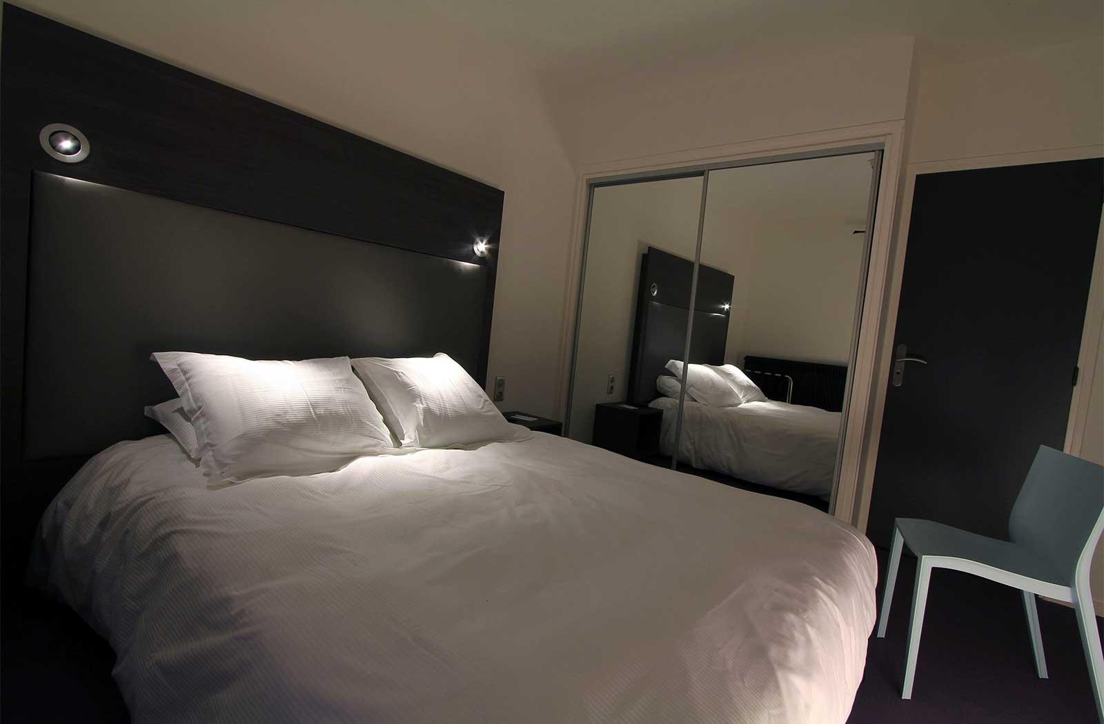 chambre - hotel la montagne de brancion  entre Tournus et Cluny
